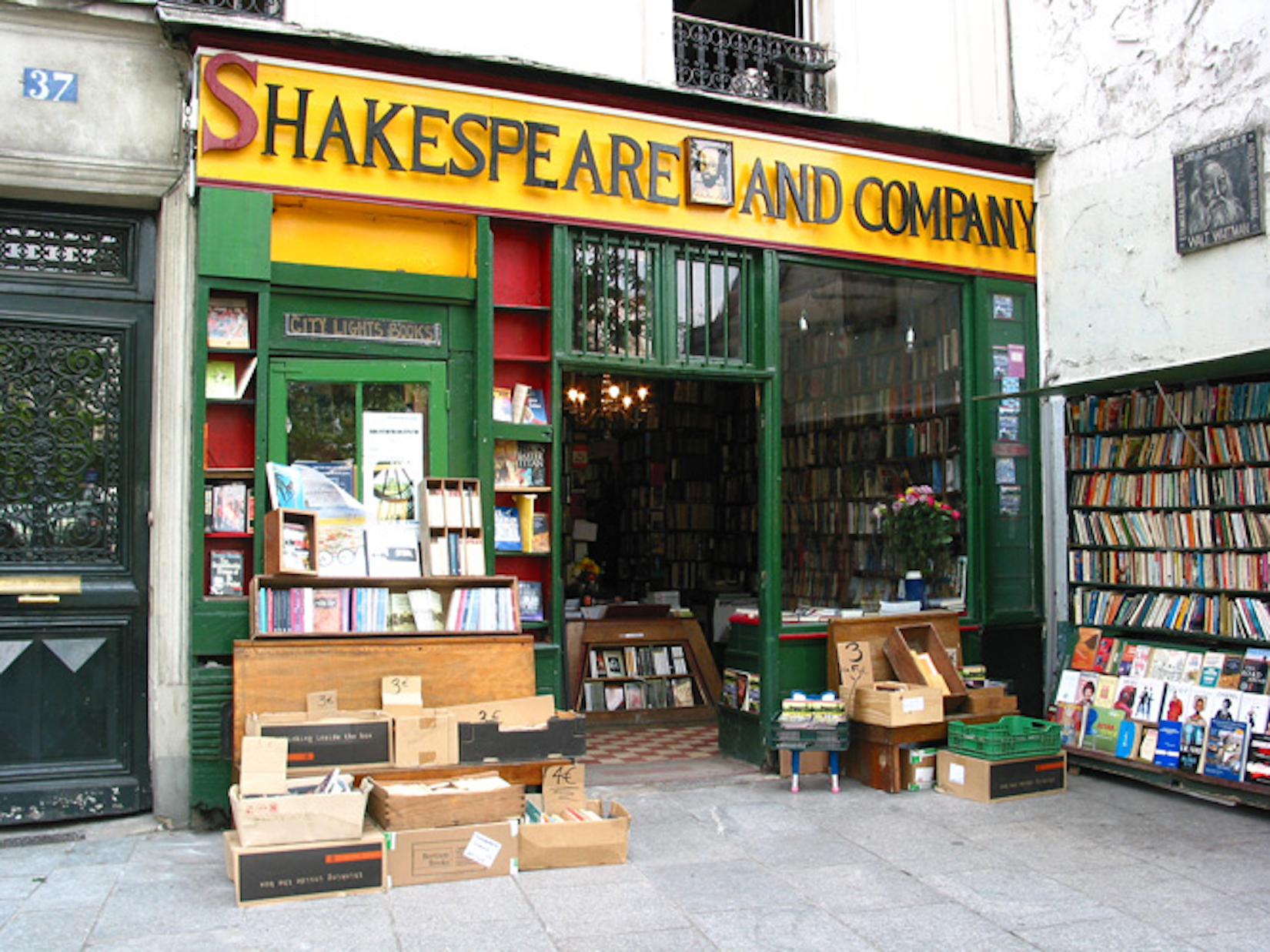Photo of the storefront of the Shakespeare and Company bookstore in Paris made famous by the Lost Generation of American writers.